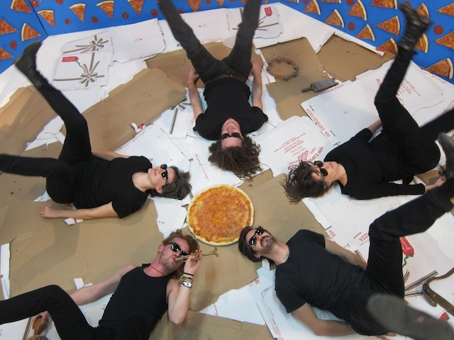 pizza underground macauley culkin
