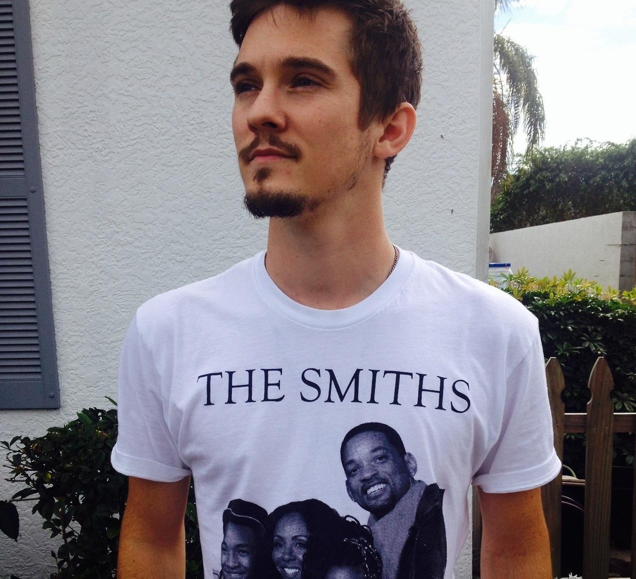 El post de la infamia: fotos de famosos y modernos con camisetas vintage Tumblr_myuh9whq6s1qijedko1_1280%20copy