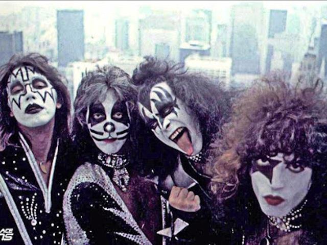Kiss, 1976