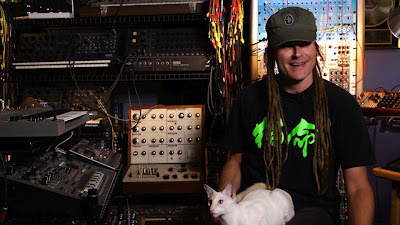 Skinny Puppy S Cevin Key Looks Back At The Manson Family